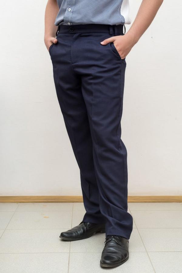 Классические брюки. Цвет синий. Размеры 40-64. Ткань: 49% вискоза, 49% полиэстер, 2% эластан