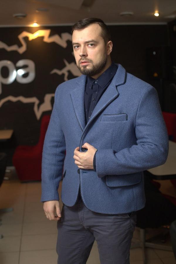 Классический мужской пиджак. Ткань: 70% шерсть, 30% полиэстер