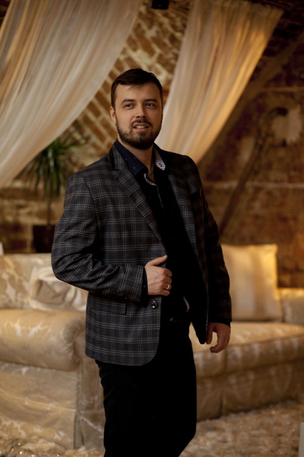 Классический мужской пиджак. Ткань: 60% вискоза, 40% шерсть
