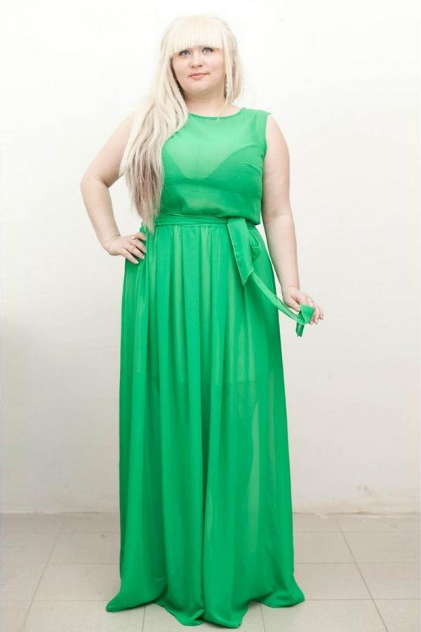 Платье в пол с закругленной горловиной, без рукавов из воздушного шифона. Размер: 42-54. Цвета: оранжевый, розовый, зеленый, красный, синий